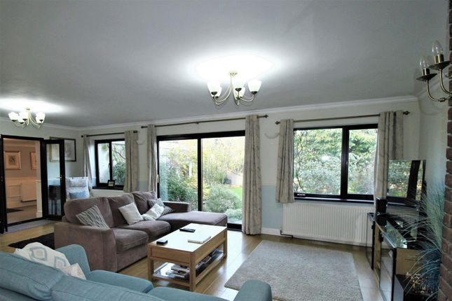 4 bed link-detached house for sale in Southsea Avenue, Minster On Sea, Sheerness ME12