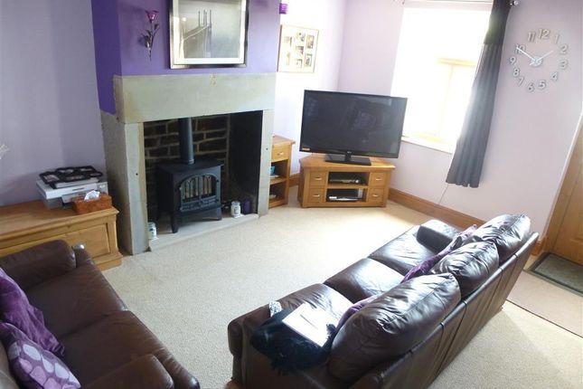 2 bed end terrace house to rent in Lane Head Road, Shepley, Huddersfield