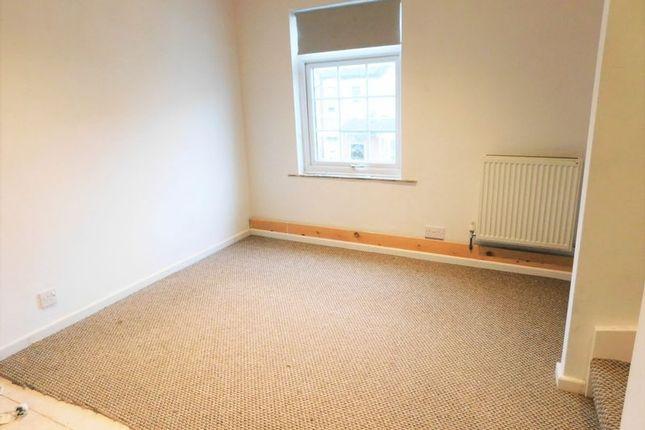 Bedroom of Solo Court, Peel Terrace, Stafford ST16