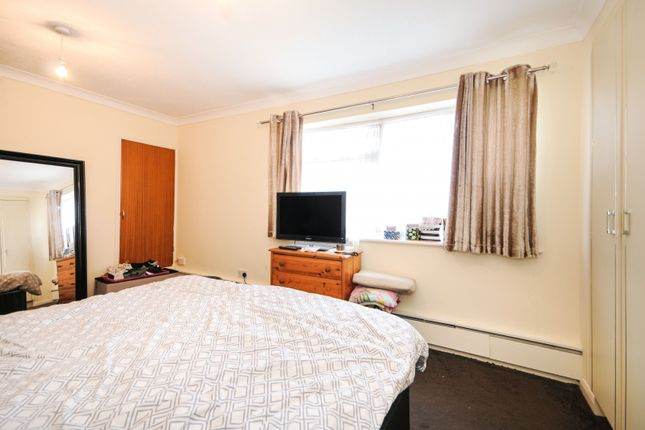 Bedroom 1 of Victoria Avenue, Southend On Sea, Essex SS2