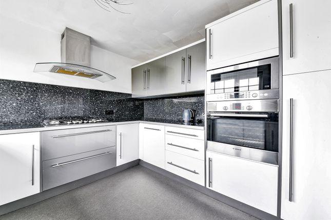 End terrace house for sale in Waldronhyrst, South Croydon
