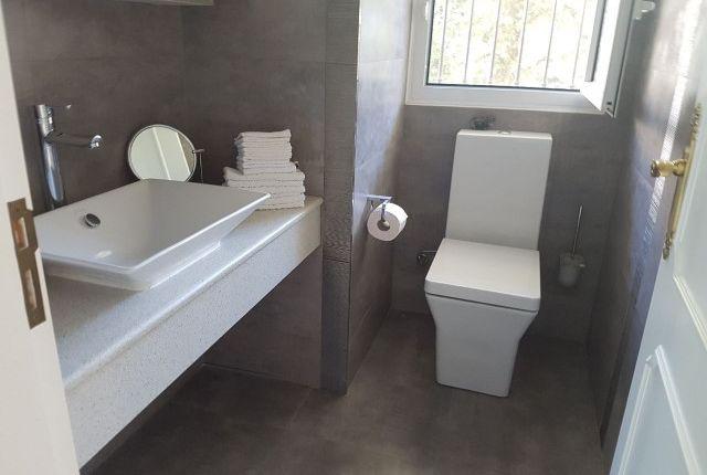 Toilet of Spain, Málaga, Benalmádena, La Capellanía