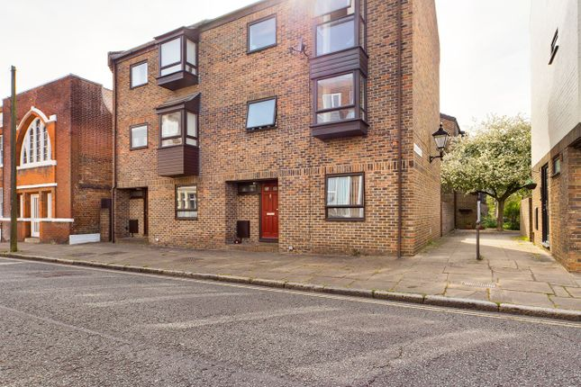Thumbnail Town house for sale in Bugle Street, Southampton