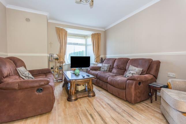 Lounge of Colemeadow Road, Birmingham, West Midlands B13