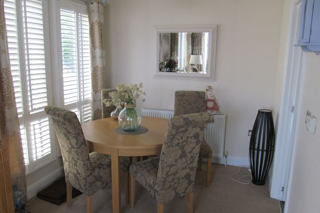 2 bedroom mobile/park home for sale in Sandbanks, Walton Bay (Ref 5699), Clevedon, Somerset