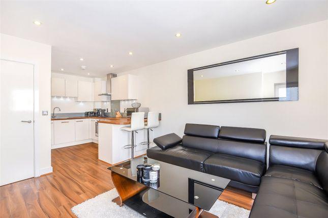 Living Room of Palmerston House, 3 Aran Walk, Reading, Berkshire RG2