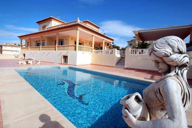 7 bed villa for sale in Calpe, Alicante, Spain