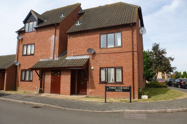2 bed flat for sale in Three Corners Road, Greater Leys, Oxford