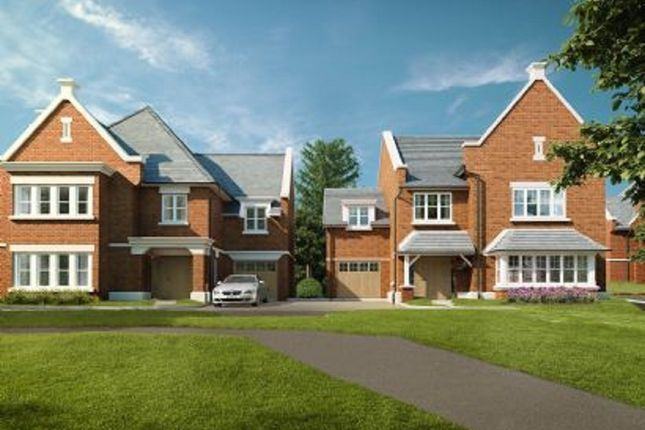 Thumbnail Detached house for sale in Digswell Hill, Welwyn, Hertfordshire