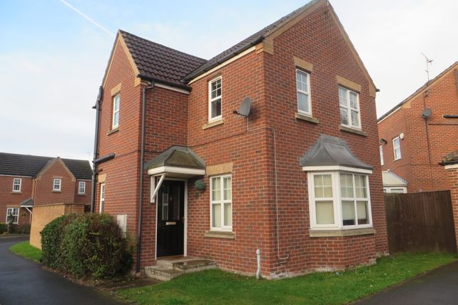 Thumbnail Detached house to rent in Woodcross Ave, Scunthorpe
