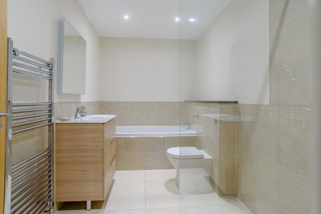 Bathroom of Andersey Farm, Grove Park Drive, Wantage, Oxfordshire OX12