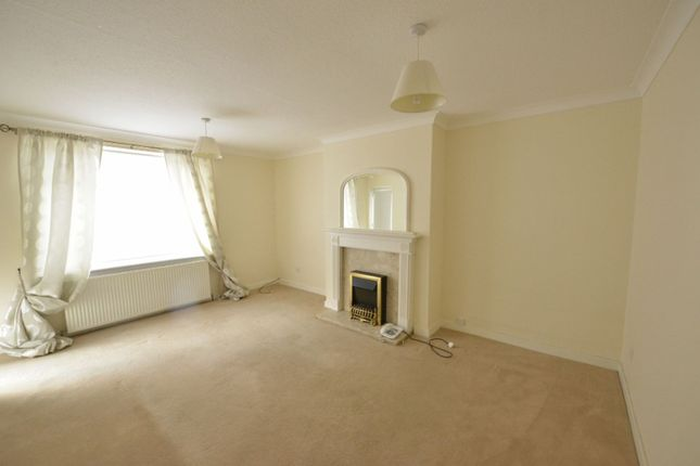 Living Room of 31 Hillington Quadrant, Glasgow G52
