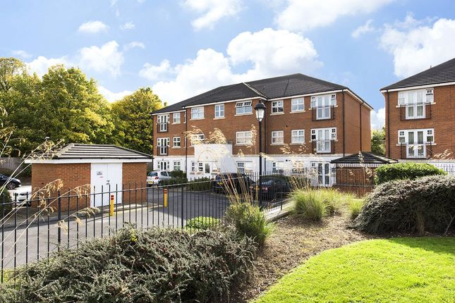 Picture No. 07 of Tingwall Court, 3 Bressay Drive, Mill Hill, London NW7