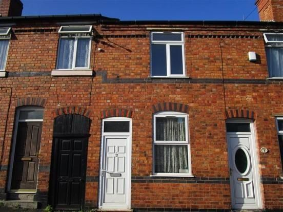 3 bed terraced house to rent in Whitton Street, Darlaston, Wednesbury
