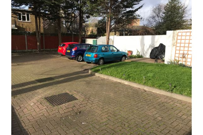 Parking of 254-258 Lower Road, London SE8
