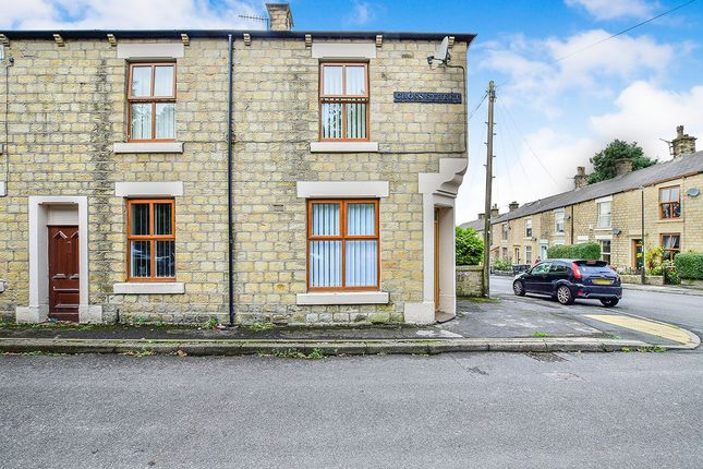 Thumbnail Terraced house to rent in Cross Street, Hadfield, Glossop