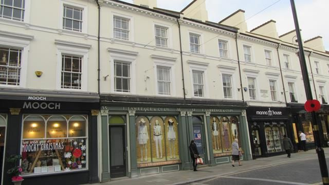 Thumbnail Flat to rent in Flat 1 (First Floor), 35A St. Giles Street, Northampton, Northamptonshire