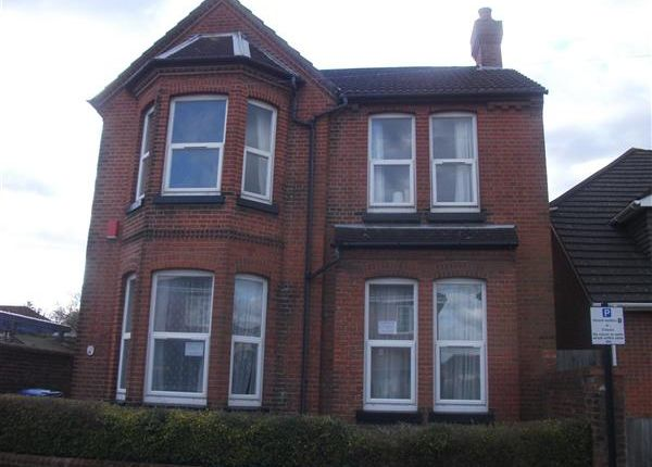 Thumbnail Detached house to rent in Cambridge Road, 1st July 2017, Southampton