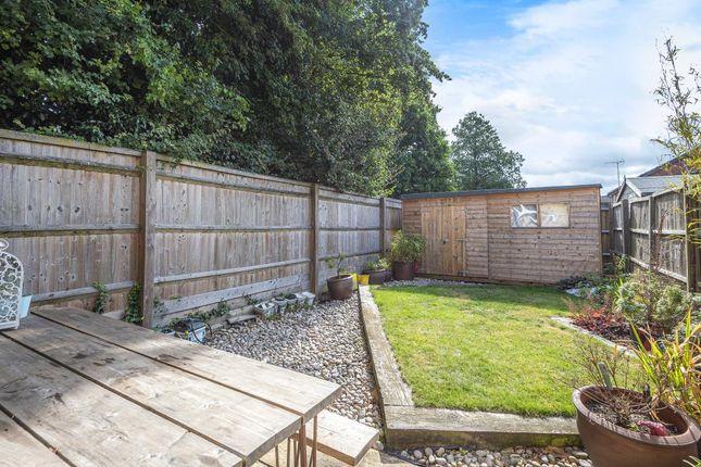 Garden of Field Close, Aylesbury HP20