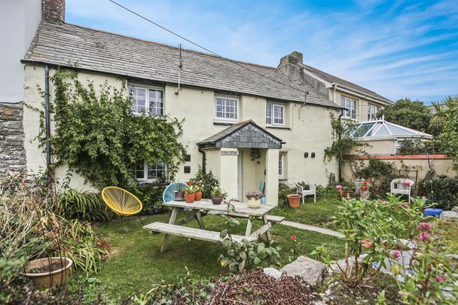 Thumbnail Cottage for sale in Trevarrian, Newquay