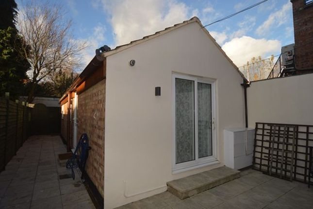 1 bed bungalow to rent in Hatfield Road, St Albans AL1