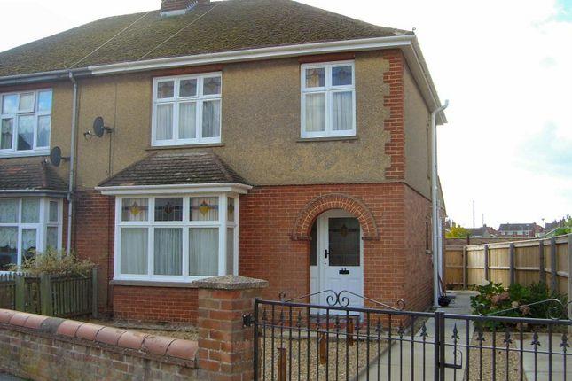 Thumbnail Semi-detached house to rent in Railway Lane, Chatteris