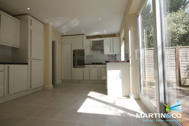 3 bed terraced house to rent in Cley Close, Edgbaston B5