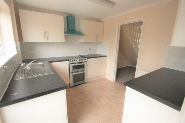 Thumbnail Terraced house to rent in Churchill Road, Braintree