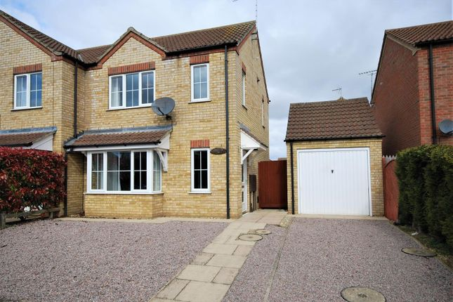 Thumbnail Semi-detached house to rent in Wygate Road, Spalding