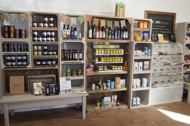 Retail premises for sale in Grocery & Other Foods WF17, West Yorkshire