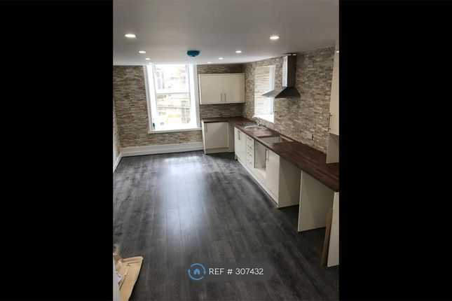 Thumbnail Flat to rent in Hargreaves Street, Burnley