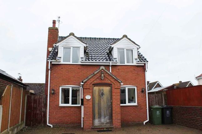 Thumbnail Detached house for sale in Victoria Street, Great Yarmouth