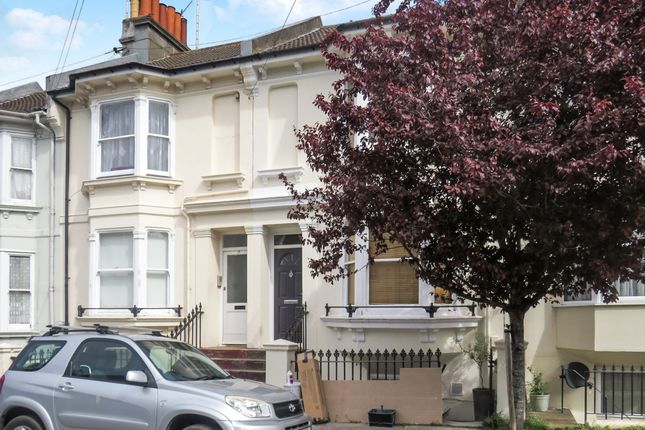 Thumbnail Flat for sale in Newmarket Road, Brighton