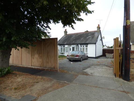 Thumbnail Detached house for sale in Kingsley Lane, Benfleet