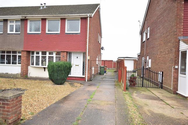 Front View of Caistor Avenue, Bottesford, Scunthorpe DN16