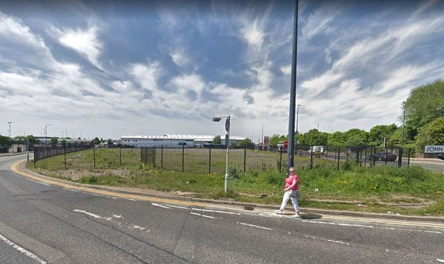 Industrial to let in Trafford Park, Manchester