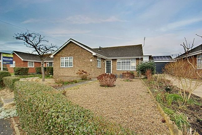 Thumbnail Detached bungalow for sale in Bartlett Close, Preston, Hull