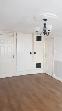 Thumbnail Flat to rent in Fredrick Street, Grimsby