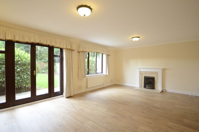 Thumbnail Semi-detached house to rent in Rosslea, Windlesham