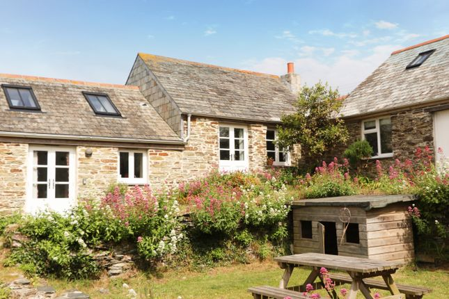 Porth Farm Cottages, Mawgan Porth TR8, 2 bedroom cottage for