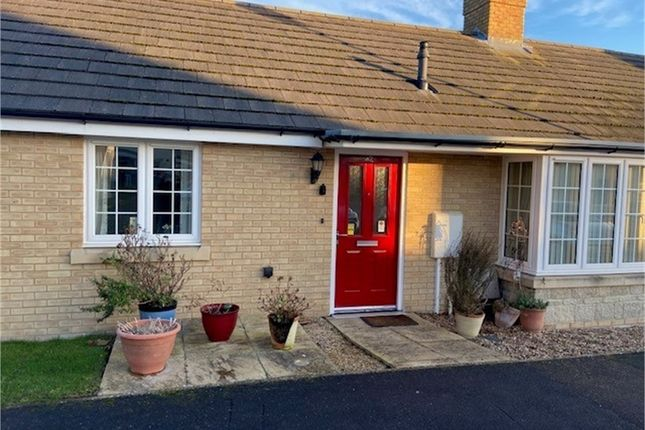 2 bed terraced bungalow for sale in Maple Gardens, Bourne, Lincolnshire PE10