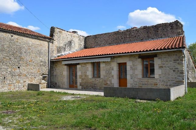 2 bed property for sale in Villefagnan, Poitou-Charentes, 16240, France