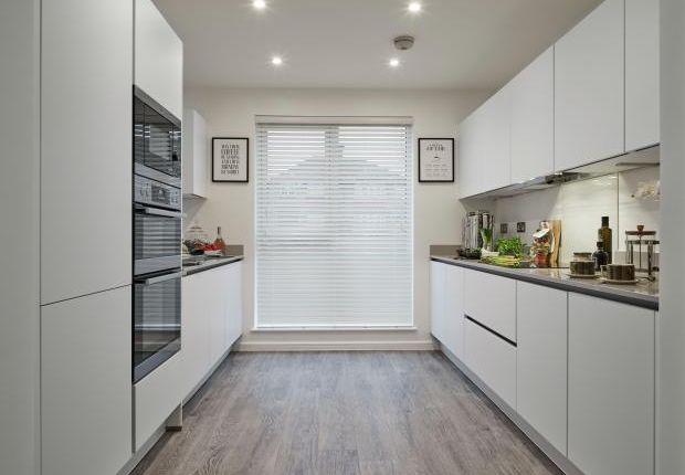 Typical Kitchen of The Willow, Avenue Road, Oakwood N14