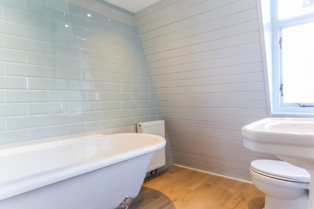 Bathroom of Beaufort East, Larkhall, Bath BA1
