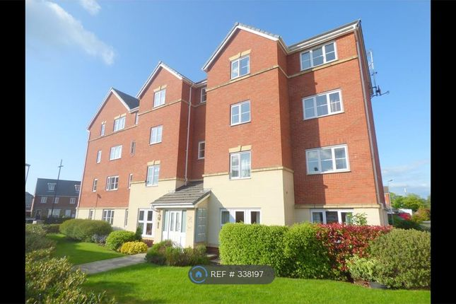 2 bed flat to rent in Mckinley Street, Warrington