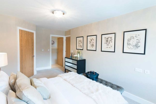 2 bedroom property for sale in London Road, St.Albans
