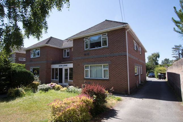 Thumbnail Room to rent in Talbot Avenue, Winton, Bournemouth
