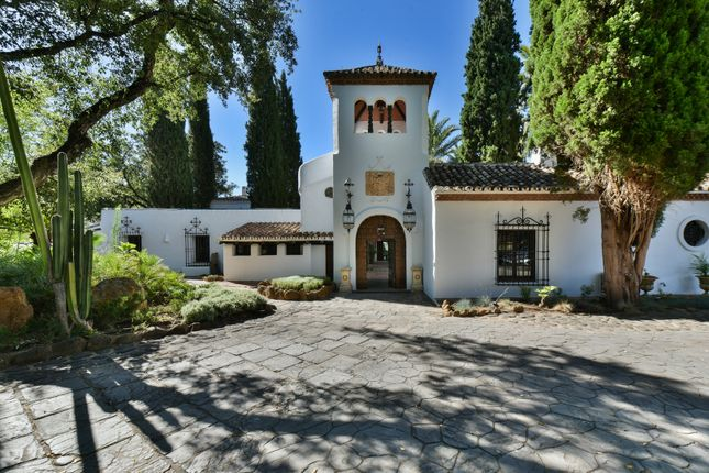 Thumbnail Country house for sale in Estepona, Málaga, Spain
