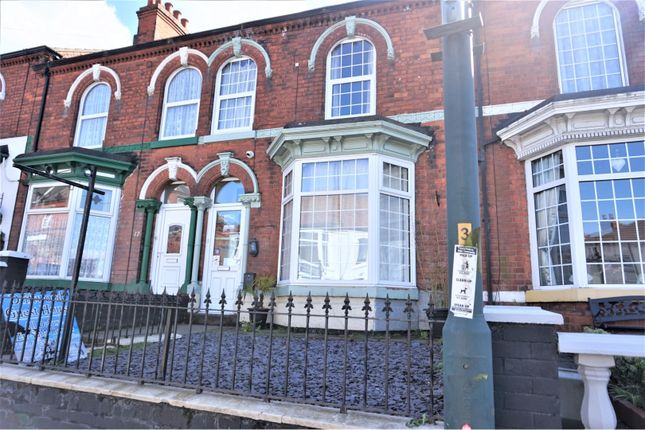 Thumbnail Terraced house for sale in 19 Isaacs Hill, Cleethorpes