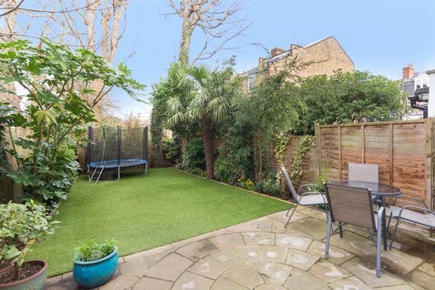 Picture No. 24 of Hornsey Lane Gardens, Highgate, London N6